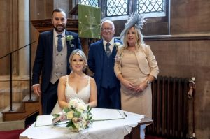 Couple celebrates wedding supporting Myeloma UK during COVID-19